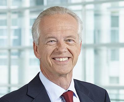 Porträt Dr. Gerhard Stindl